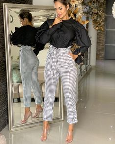 Image may contain: 2 people, people standing and shoes Only Fashion, Fashion Wear, Fashion Pants, Fashion Outfits, Womens Fashion, Business Casual Outfits, Office Outfits, Plaid Outfits, Chic Outfits