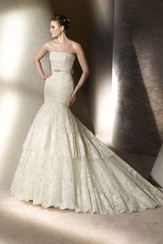 ST PATRICK Wedding Dresses Photos on WeddingWire - Pronovious gown