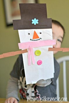 Shape Snowman Puppet - includes a list of Snowman Books for Kids!