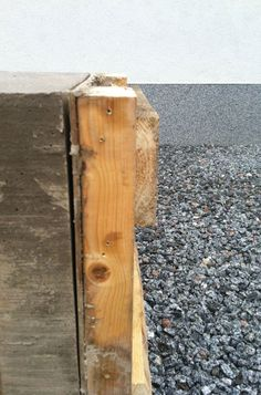 DIY-bench made by concrete. Diy Bench, Bottle Opener, Barware, Concrete, Wall, Home, Ad Home, Walls, Homes