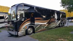 Prevost Coach, Prevost Bus, Luxury Campers, Luxury Bus, Class A Rv, New Bus, Fun Travel, Motor Homes, Air Planes