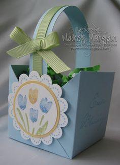 Diy paper bag basket stampin up ideas Paper Basket Diy, Diy Paper Bag, Paper Paper, May Baskets, Easter Baskets, Egg Basket, Gift Baskets, Spring Crafts, Holiday Crafts