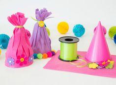 Ideen für eine Trolls Geburtstagsparty mit Spielen und Geschensksideen zum Kindergeburtstag passend zum Film von Dreamworks.