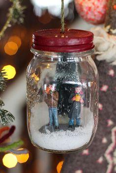 DIY Mason Jar Snow Scene Ornament