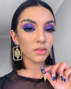 Atemberaubende blaue lila Look cool Mädchen Stil Eye Makeup Designs, Eye Makeup Art, Natural Eye Makeup, Glam Makeup, Beauty Makeup, Beauty Art, Hair Beauty, Makeup Trends, Makeup Inspo