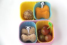 Bento Lunch Ideas: Week 1 (Smashed Peas and Carrots) Bento Box, Lunch Box, Creative School Lunches, Blueberry Jam, Energy Bites, Diy Projects To Try, Cheddar Cheese, Kids Meals, Lunch Ideas