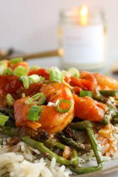 Shrimp and Vegetable Curry Bowl Recipe With Photos Red Curry Sauce, Curry Bowl, Shrimp And Vegetables, Frozen Shrimp, Curry Shrimp, Popsugar Food, Vegetable Curry, Dinner Recipes, Dinner Ideas