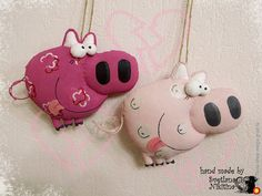 Sock Toys, Felt Toys, Pig Crafts, Paper Mache Crafts, Pig Art, This Little Piggy, Finger Puppets, Cute Dolls, Holiday Crafts