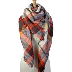 All seasonal scarves, fashion jewelries, gloves, hats, bags and other women's accessories.