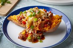 Sloppy Joe-Sweet Potato Boats for a delicious mix of sweet and savory flavors. These Sloppy Joe-Sweet Potato Boats are a breeze to make! Sloppy Joe, Potato Boats, Easy Potato Recipes, Kraft Recipes, Kraft Foods, How To Cook Potatoes, Nutrition, Cooking Instructions, Cooking Turkey