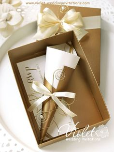HI2052 Royal Golden Scroll Wedding Invitation with Rhinestone Brooch