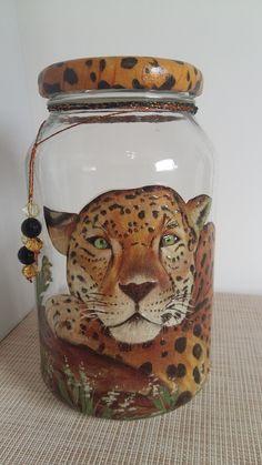 1 million+ Stunning Free Images to Use Anywhere Crafts With Glass Jars, Glass Bottle Crafts, Wine Bottle Art, Diy Bottle, Mason Jar Crafts, Mason Jar Diy, Christmas Mason Jars, Altered Bottles, Painted Mason Jars