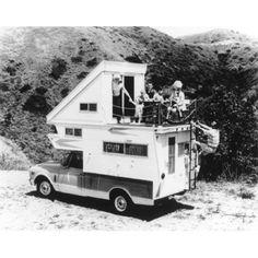 Del Rey Kamp King Sky Lounge Truck Camper