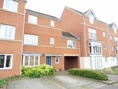 For Sale - £215,000 A three bedroom townhouse - Banbury