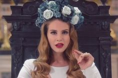 86 Lana Del Rey Lyrics For When You Need An Instagram Caption