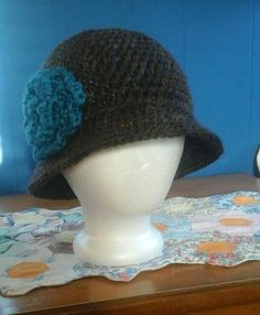 brown with turquoise flower 1920's cloche pattern from www.hopefulhoney.com