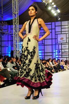 umar-sayeed-collection-at-fashion-pakistan-week-2012-j