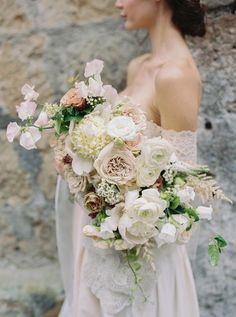 We Found the Best Spot in Italy for an Old-World Wedding Vibe - Floral Fantasy - Spring Wedding Bouquets, Fall Wedding Flowers, Wedding Flower Inspiration, Flower Bouquet Wedding, Floral Wedding, Bridal Bouquets, Wedding Ideas, Burgundy Wedding, Floral Bouquets