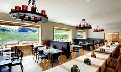 Hotel Frutt Lodge & Spa Melchseefrutt: Bildergalerien Hotels, Das Hotel, Spa, Wedding Locations, Poker Table, Conference Room, Switzerland, Furniture, Home Decor