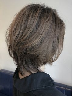 【WILLOW】伸ばしかけも綺麗なショート(井下貴史) Medium Hair Cuts, Short Hair Cuts, Medium Hair Styles, Long Hair Styles, Asian Short Hair, Girl Short Hair, Haircut For Thick Hair, Haircuts For Long Hair, Short Grunge Hair
