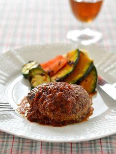 オニオンデミグラスソースハンバーグ by 西山京子/ちょりママ | レシピサイト「Nadia | ナディア」プロの料理を無料で検索