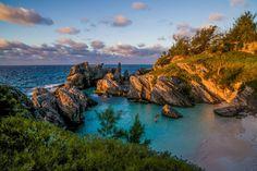 Horseshoe Bay Sunrise / Bermuda