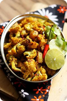Learn how to make Punjabi Aloo Gobi/Alu Gobi ~ Simple stir fry of potatoes and cauliflower flavoured with aromatic Indian spices The. Vegan Recipes Videos, Veg Recipes, Indian Food Recipes, Vegetarian Recipes, Cooking Recipes, Healthy Recipes, Indian Foods, Curry Recipes, Cooking Beef