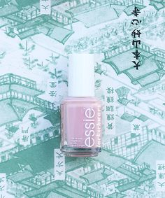 essie | go go geisha | japan | nails | playing koi kollektion | essieliebe | lackschwarz