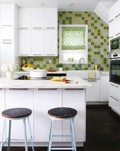 11 inspiring kitchens that defy their size