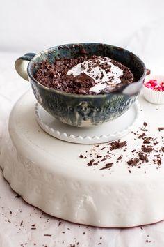 Single Lady 5-Minute Gooey Molten Chocolate Mug Cake.
