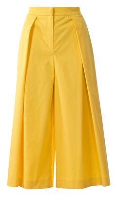 View details for the pattern Midi Culottes 032015 on BurdaStyle. Salwar Designs, Kurti Neck Designs, Kurti Designs Party Wear, Blouse Designs, Stylish Dresses For Girls, Stylish Dress Designs, Stylish Dress Book, Fashion Pants, Fashion Outfits