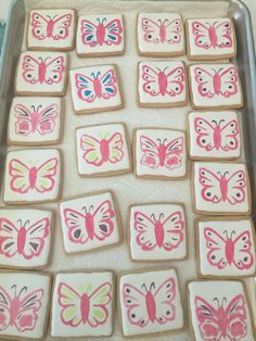 Stamped and hand-painted butterfly cookies using Rainbow Dust edible Paint It! Food Paints on royal icing by Carmen. Batman Cookies, Butterfly Cookies, Edible Paint, Royal Icing, Cookie Decorating, Rainbow, Treats, Hand Painted, Cakes
