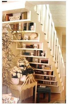 Under-stair bookshelves
