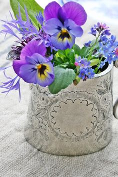 ♆ Blissful Bouquets ♆ gorgeous wedding bouquets, flower arrangements & floral centerpieces - pansy blossoms