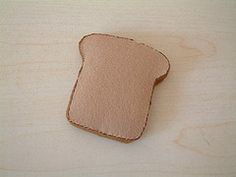 How to make whole wheat toast from felt.