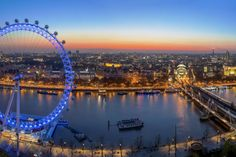 (Pawel Libera via Getty Images) London Sunsets: Where To Get The Best Views: London Eye, Central London (There's no doubt that one of the best sunset spots is from atop this big wheel. Yes, you have to pay, and yes, it's worth it.)