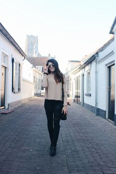 #thenetherlands #netherlands #dutch #holland #travel #streetstyle #chic #europe #european #studyabroad #fashion #blogger