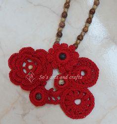 Irish lace necklace with agathe beads