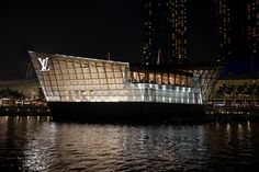 Louis Vuitton Flagship Floating Store (Singapore) / Photographed by GEE Global Consultant Jimmy Cohrssen