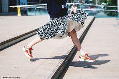 New_York_Fashion_Week_Spring_Summer_15-NYFW-Street_Style-Leopard_Skirt-Sneakers-Sporty_Chic-Sweatshirt-2