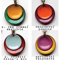 Torche conçu artisan tiré émail deux disques bombé collier personnalisé fait pour vous.