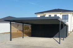 Metallcarport für zwei Stellplätze. Kombination aus Holz und Stahl (RAL 7016).  #Stahlcarports #Metallcarports #exterior #exteriordesign  #carport