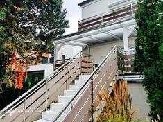 Nowoczesne zadaszenie z transparentnym dachem / Zakład Stolarski Poznań Pergola, Porch, Stairs, Bulgaria, Home Decor, Patio Shade, Houses, Underground Homes, Glass Roof