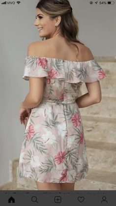 Tropical blooms and fresh foliage elevate this super-chic bardot pencil dress to summertime stunner. Casual Dresses, Short Dresses, Summer Dresses, Floral Dresses, Oasis Dress, Kurti Styles, Look Casual, Beautiful Dresses, Dress Patterns