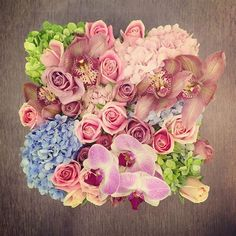 Emma last week! Hydrangeas in green, baby blue and pink, Maria pink and burnt lilac roses, cymbidium orchids and lilac phalaenopsis orchids to finish off a perfect pastel box. #Emma #maisondesroses #hydrangeas #pastelperfection #cymbidium #phalaenopsis #orchids #pink #lilac #roses #bloombox #happybirthday
