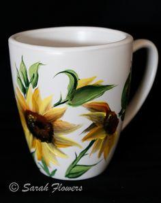 Hrníček na kávu * bílý  porcelán s ručně malovanými slunečnicemi.