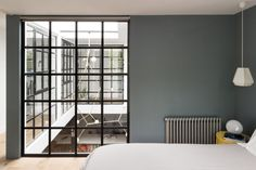 crittal windows and grey walls via the modern house - Mad About The House Living Etc, Living Spaces, Home Interior Design, Interior Styling, Crittal Doors, Mad About The House, Paper Houses, Loft Spaces, Clever Design