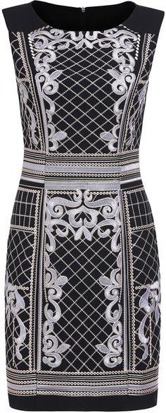 Black Round Neck Sleeveless Embroidered Bodycon Dress