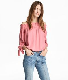 Pink/patterned. Off-the-shoulder, straight-cut top in woven fabric. Wide elastication with gathers at top, 3/4-length sleeves with ties at cuffs, and