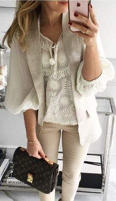 Новые образы Our fashion inspiration, perfect to pair up with our Ootd Instagram, Chic Outfits, Fall Outfits, Semi Formal Outfits, Cozy Winter Outfits, Professional Wear, Elegant Outfit, Casual Fall, Work Fashion